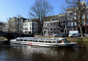 amsterdam-hop-on-hop-off