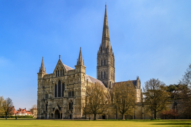 Salisbury Cathedral Day Trip from London with Teens